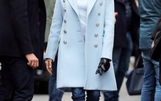 Замшевые ботильоны и голубое пальто первой леди Франции, разумный выбор для осенних улиц
