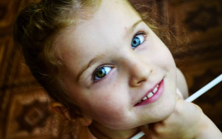 У ребенка цвет глаз разный
