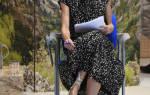 Королева Летисия в легком, строгом платье и обуви на танкетке завершает тур по Испании