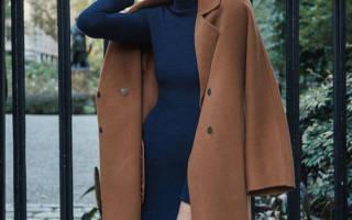 9 теплых и стильных образов с трикотажными платьями на эту осень