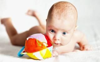В 3 Месяца Как Ребенок Держит Голову Видео